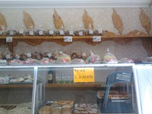 At the Ganga Mattia's bakery, there are several types of cookies, cakes, sweets and typical Sicilian products